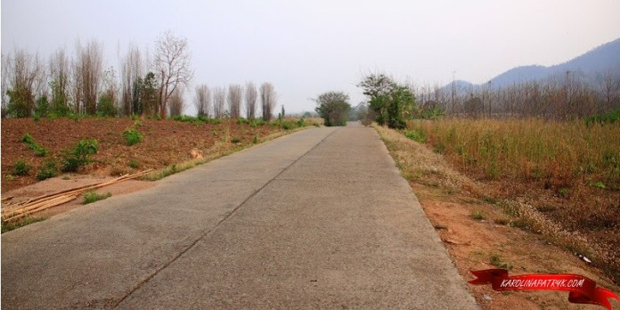 Road from Pai to Chiang Mai