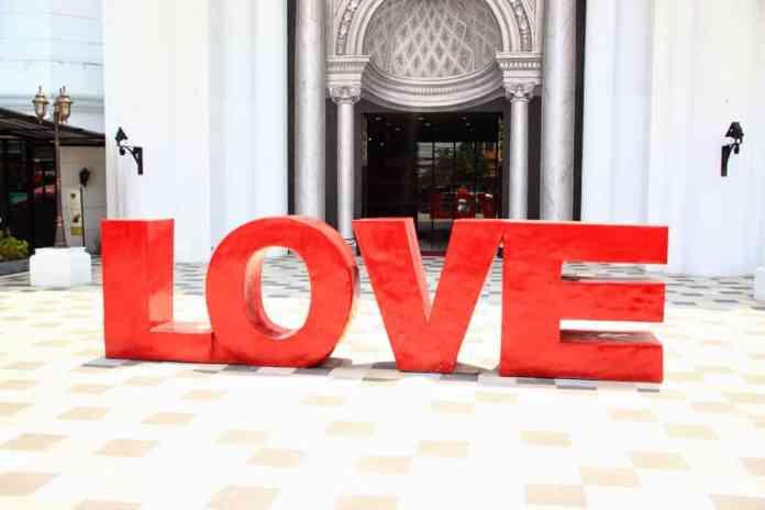 Make love. Don't fight. Slovenia facts