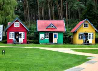 Cute little colorful houses Nida