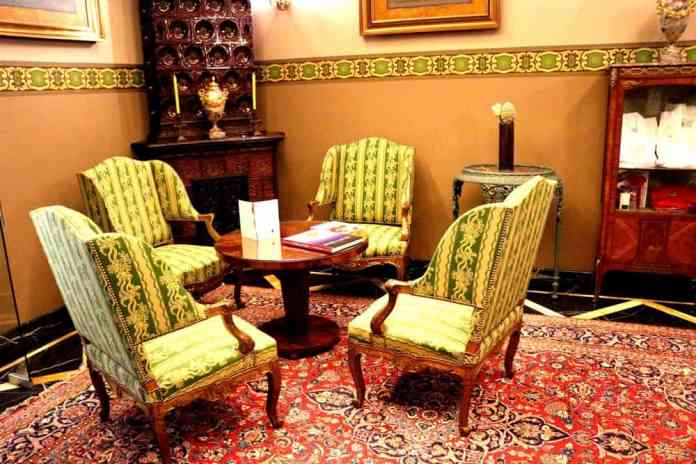 Luxury old furnitures