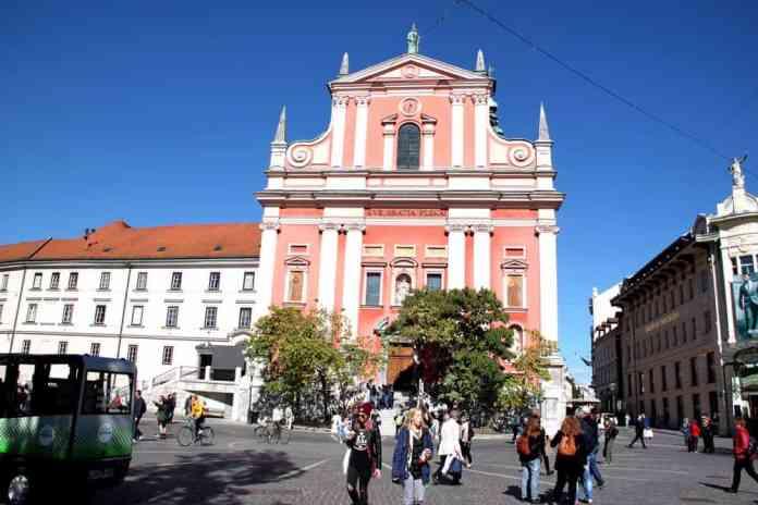 franciscan-church-of-annunciation-ljubljana