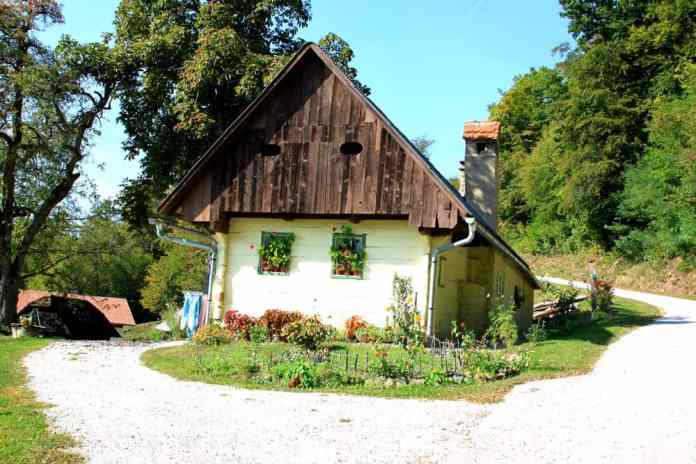 village-house-slovenia