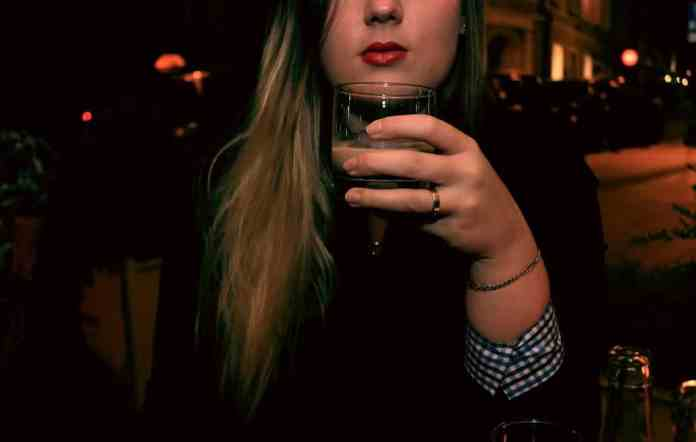 drink woman blond red lips night