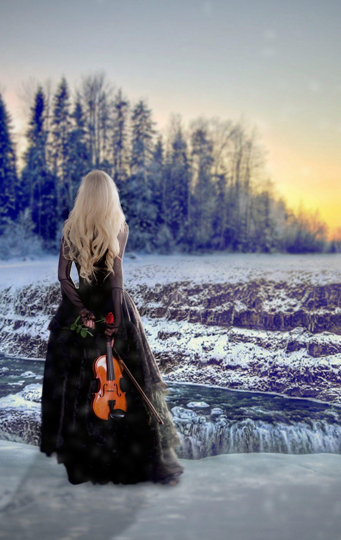 Blonde-girl-back-view-winter-snow-violin_2880x1800