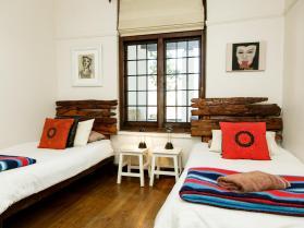 twin-room-oudthsoorn-accommodation