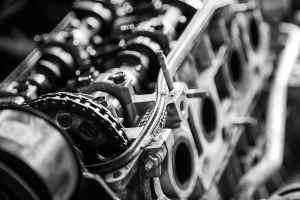 Oldtimer-Restauration, Motoreninstandsetzung und Teile-Tausch