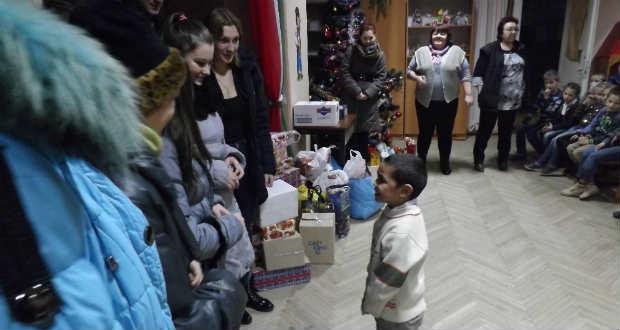 A Rákóczi-főiskola Felsőfokú Szakképzési Intézetének karácsonyi jótékonykodása