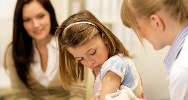 Munkácson újra elérhető a kanyaró elleni oltás: közel 3,5 ezer vakcinát kaptak