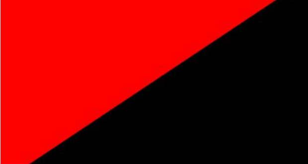 A nacionalisták zászlaját is felhúzza a nemzeti lobogó mellé Ternopil város