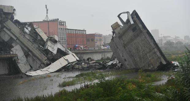 Leszakadt egy autópályahíd Genovánál, többen meghaltak