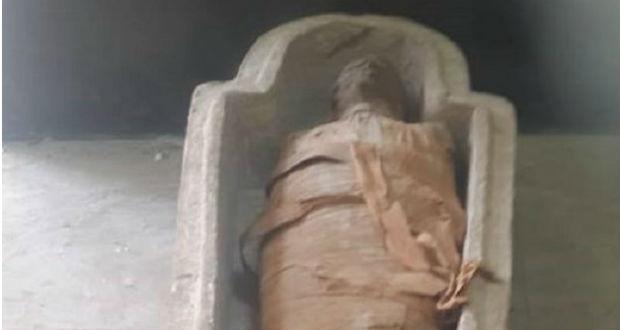 Újabb szarkofágot és benne egy múmiát találtak Egyiptomban