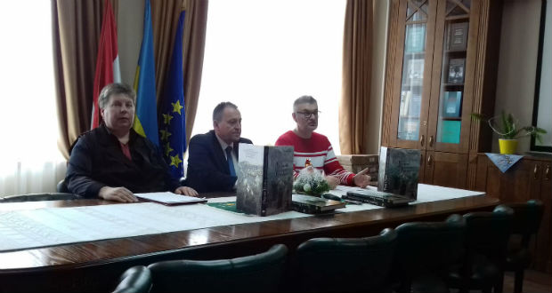 Magyarok Kijevben – hiánypótló kötetet mutattak be az Ungvári Nemzeti Egyetemen