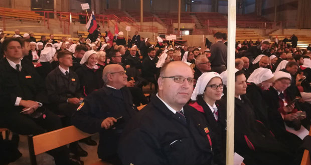 Tavaszi Lourdes-i zarándoklaton a BJMSz
