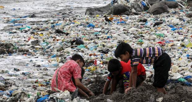 A Földet akarta megmenteni a műanyag szatyor feltalálója