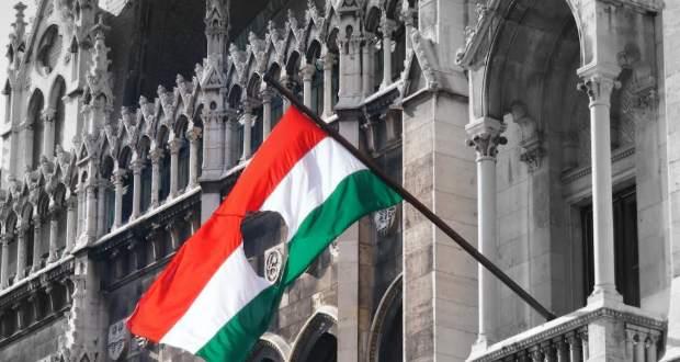 Magyarországon már október 22-én megkezdődnek az ünnepi megemlékezések