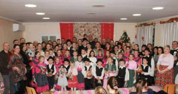 Napsugaras családi karácsonyi gála – Évadzáró alkalom a Kokas Bandával