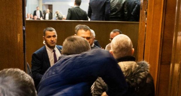 Elfogadták a vitatott egyházügyi törvényt Montenegróban