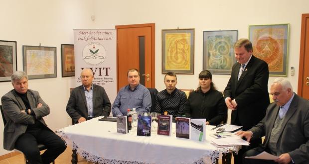 Kárpátaljai írókkal ünnepelték Beregszászban a magyar széppróza napját