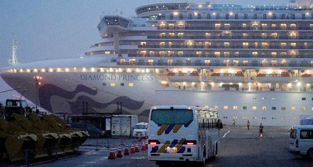Megkezdték az amerikaiak evakuálását a Diamond Princess óceánjáróról