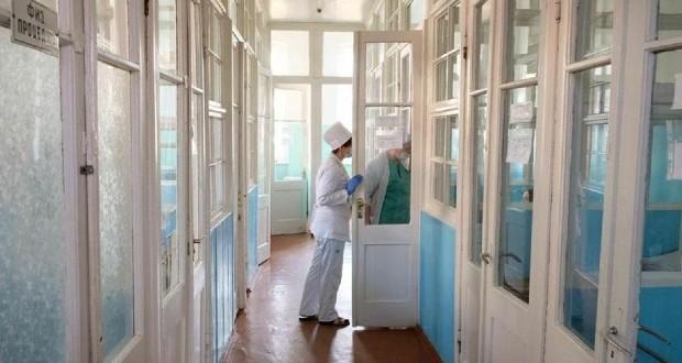 Koronavírus Ukrajnában: 10 072 új fertőzött, 307 áldozat