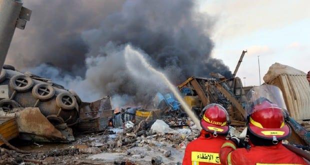Libanon katasztrófával néz szembe, több ezer sebesültje van a bejrúti robbanásnak