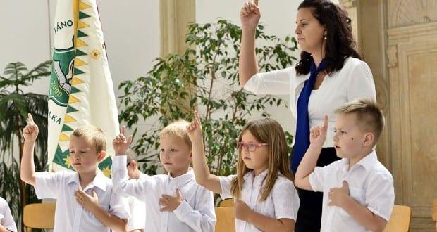 Elkezdődött a tanév a Kárpát-medencei református iskolákban