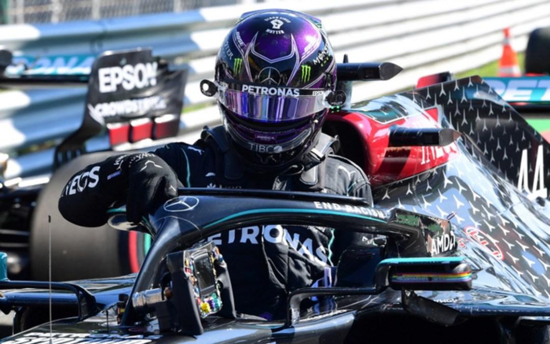 Hamilton magabiztosan nyerte a bahreini időmérőt