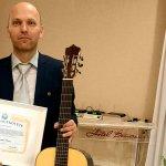 Kárpátaljai gitáros a Béke Nagykövete
