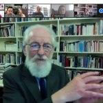 Élő zoomolás David Crystallal, az egyik legnagyobb nyelvésszel