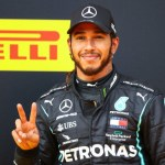 Hamilton nyert a Bahreini Nagydíjon