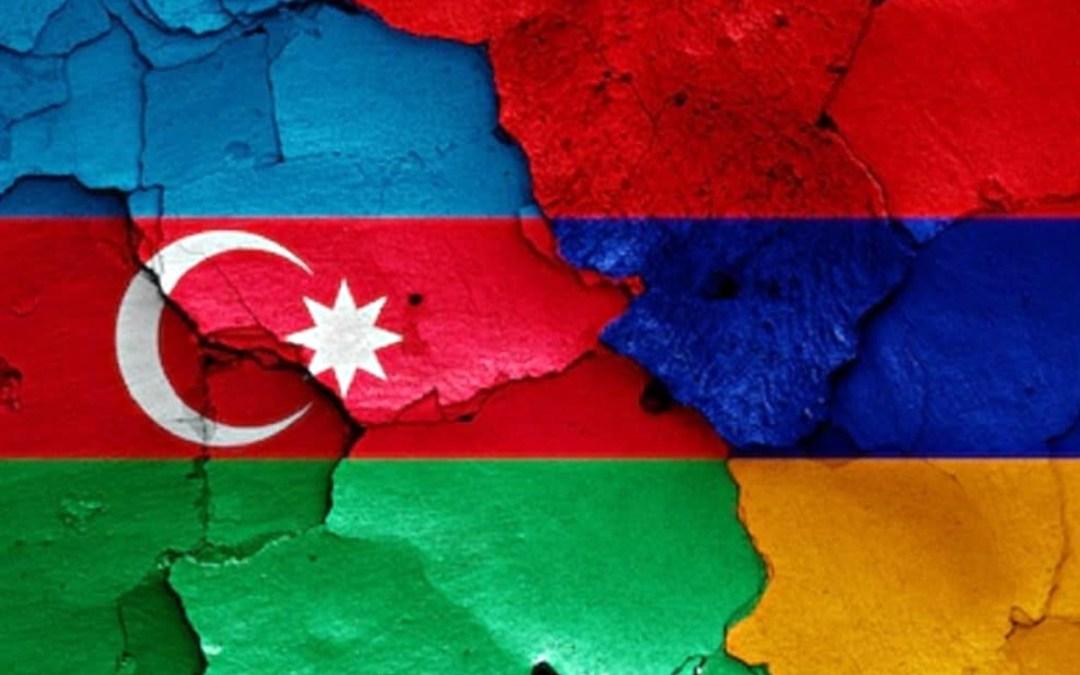 Putyin a békefenntartásról és a segítségnyújtásról tárgyalt Pasinjánnal és Aliyevvel
