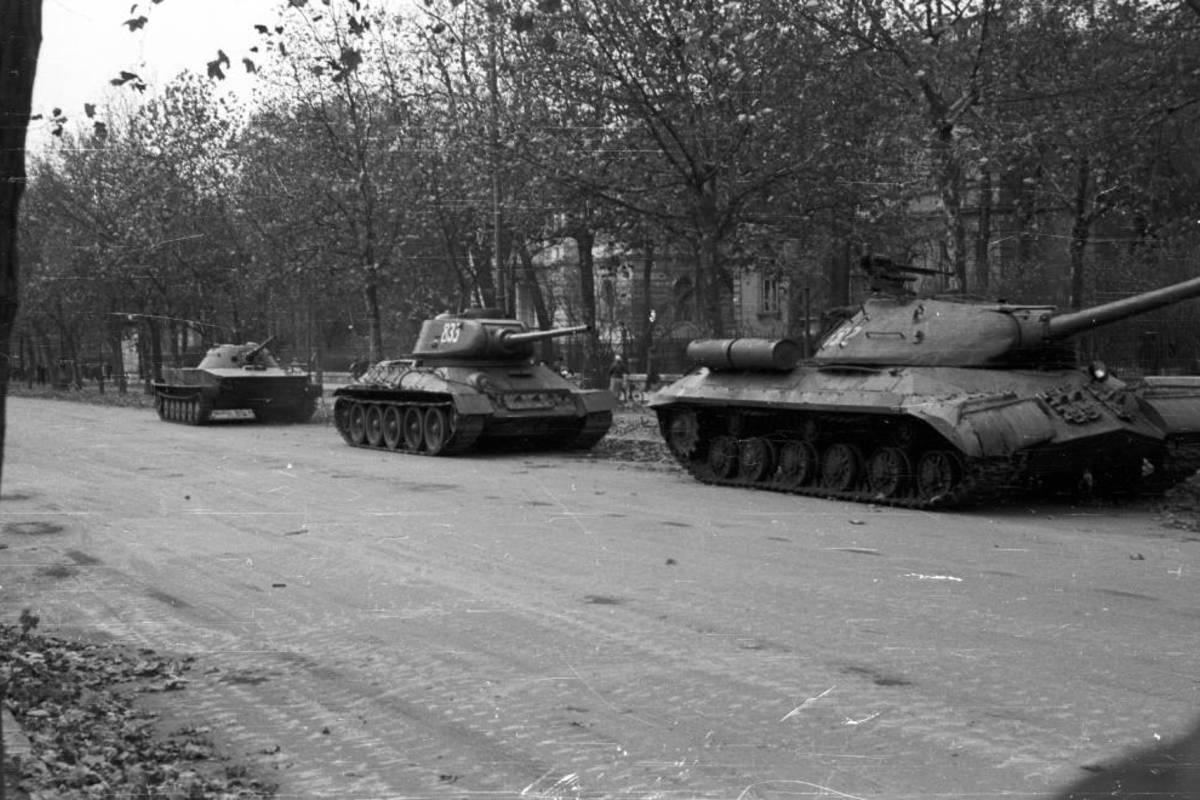tank 1956