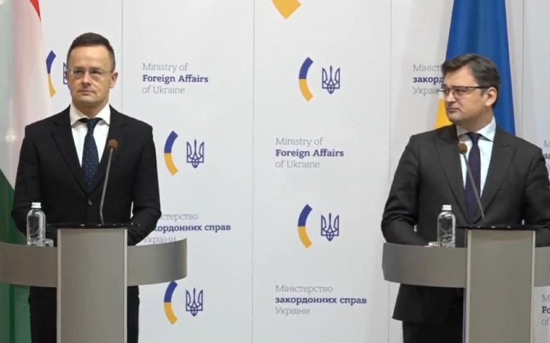 Szijjártó Kijevben: konstruktív együttműködésre kaptunk ígéretet