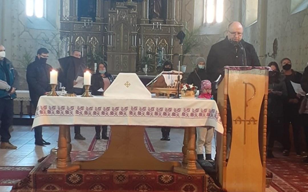 """""""A keresztfához megyek"""" – Keresztútjárás a katolikus egyházban"""