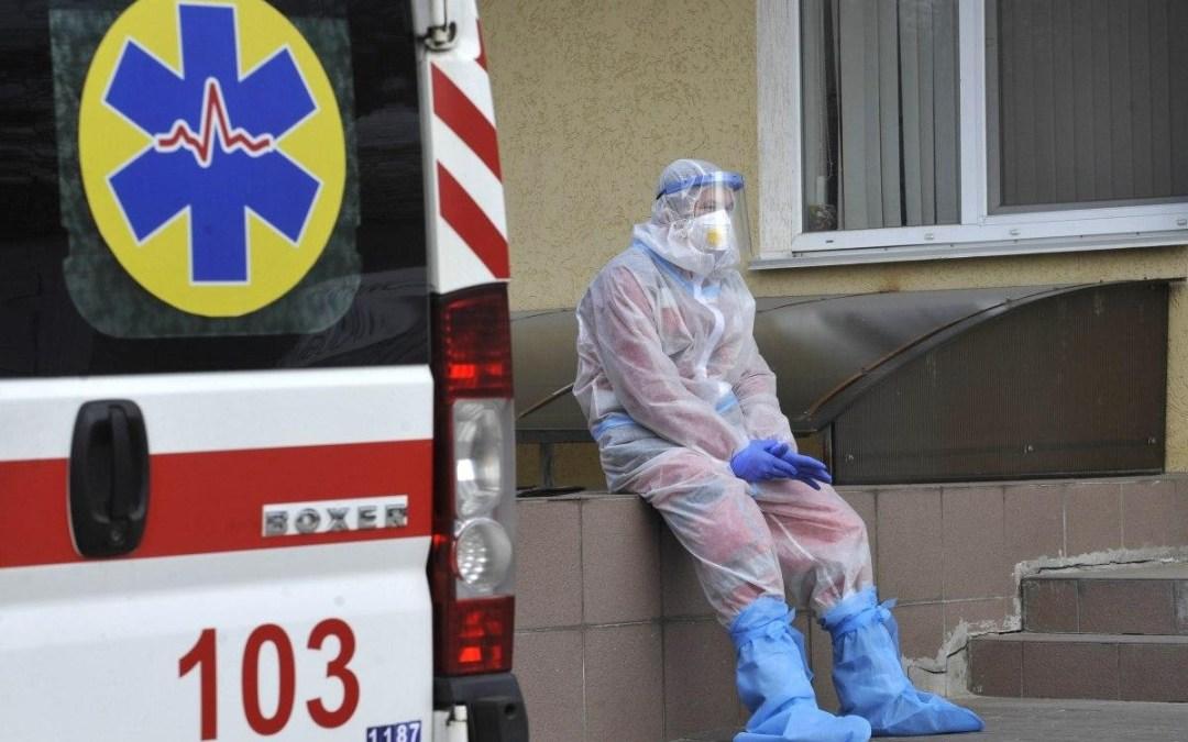 Közel 15 ezer új koronavírusos beteget regisztráltak Ukrajnában
