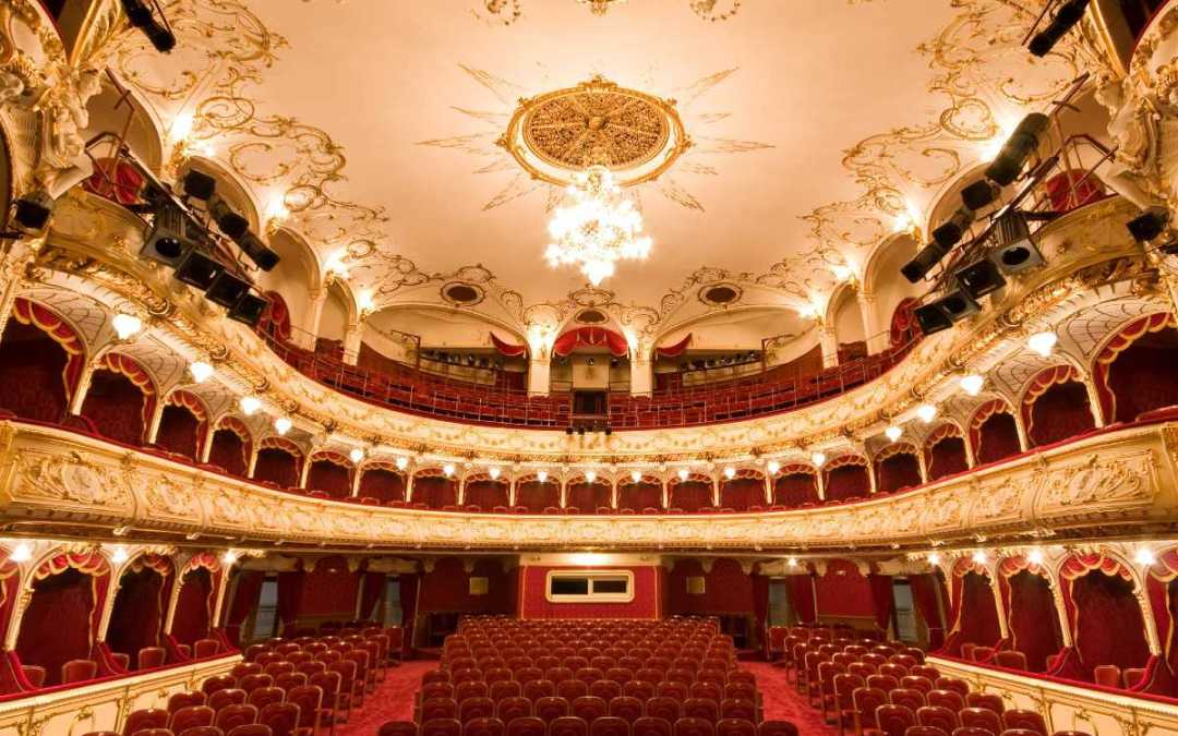 Párbeszédet kezdeményez a nagyváradi Szigligeti Színház ügyében a teátrumi társaság