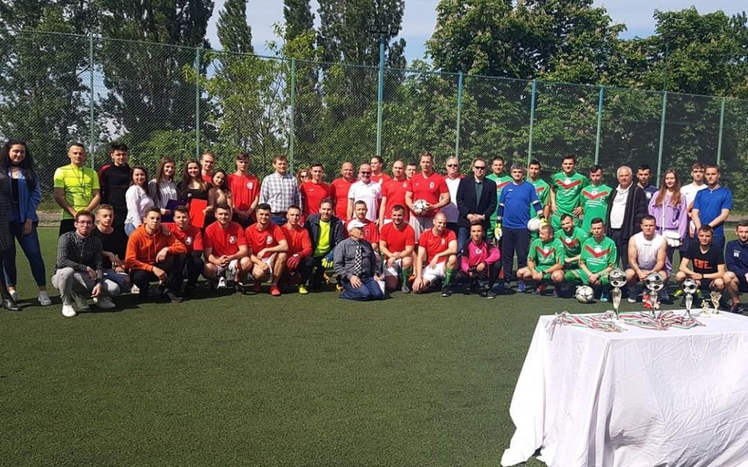Első helyet szerzett az ungvári focikupán a Rákóczi-főiskola csapata