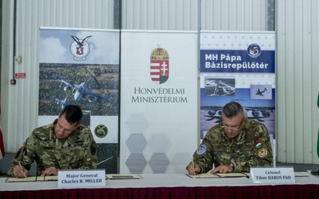 Katonai fejlesztési keretegyezményt írt alá Magyarország és az Egyesült Államok