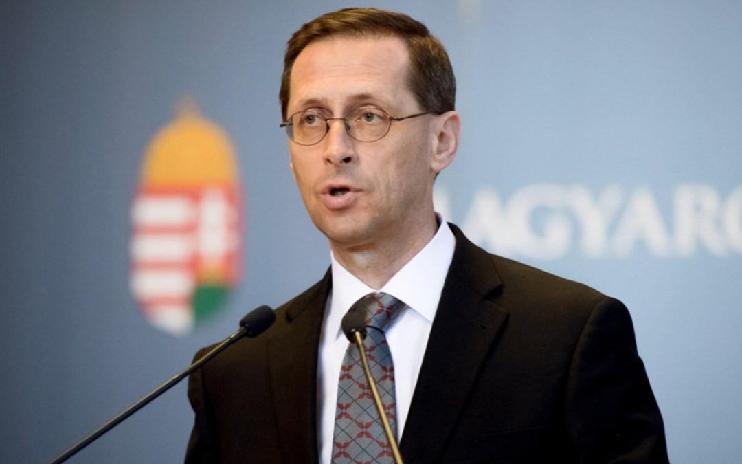 Varga Mihály: a hitélet és a nemzeti összetartozás támogatása fontos feladat