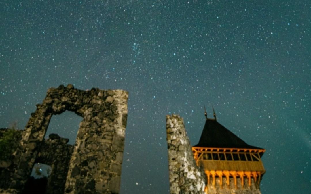 Kárpátalja ma: hullócsillagok éjszakája a Nevickei várból