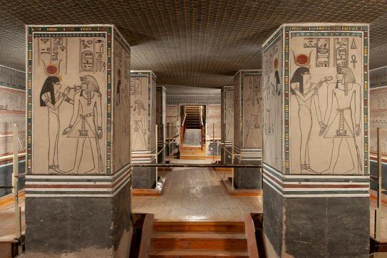 Amenhotep sírkamráját mutatja be a Szépművészeti Múzeum