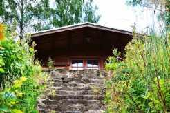 karpia-dolina-domek-schody