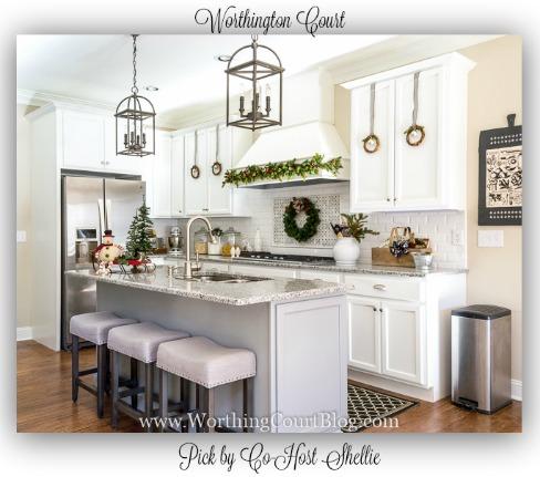 Worthing-Court-Farmhouse-Christmas-Kitchen-
