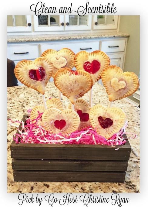 Valentines-Day-Pie-Pops