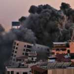 За эту ночь по Израилю выпустили около 200 ракет