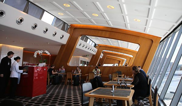 Qantas-first-lounge-karryon9