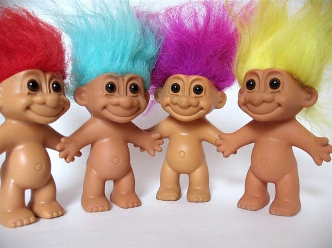 Troll-Puppet-karryon