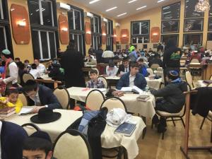 Torah Mates in TheZone