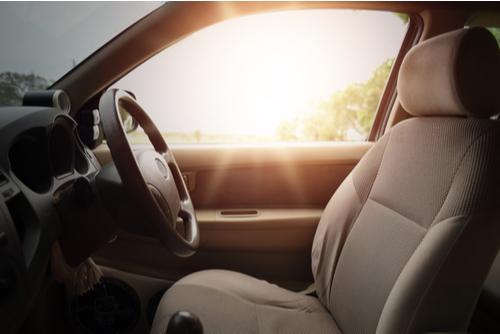 hot car sunlight on dashboard