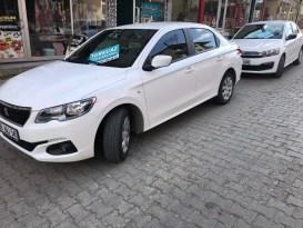 Sarıkamış'ta 24 Kasım Öğretmenler Günü nedeniyle ücretsiz araç kiralama